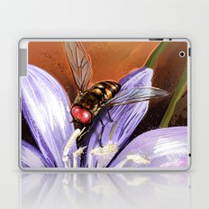Fly on flower 10 Laptop & iPad Skin