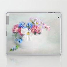 simply spring N°4 Laptop & iPad Skin