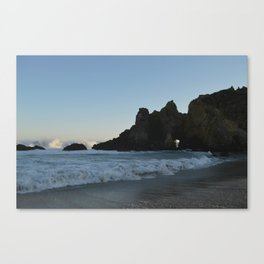 Wave To Me Canvas Print