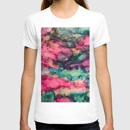 *wavy* T-shirt