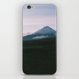 Volcán Cotopaxi iPhone Skin