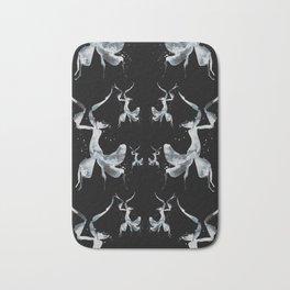 Onyx Mantis Bath Mat