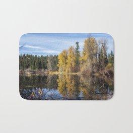 Autumn Makes an Appearance at Fish Lake Bath Mat