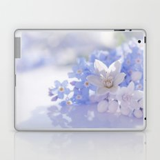 Queen and court- Springflowers in blue and white - Stilllife Laptop & iPad Skin