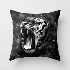 Tiger Head Wildlife Throw Pillow