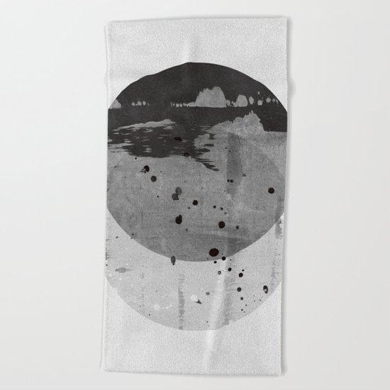 GEOMETRY 3 Beach Towel
