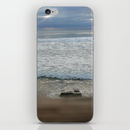 pacific rays iPhone Skin