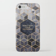 Don't quit your daydream iPhone 7 Slim Case