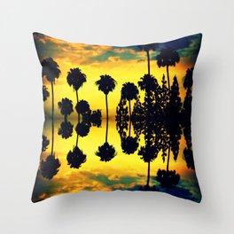 California sunset i Throw Pillow