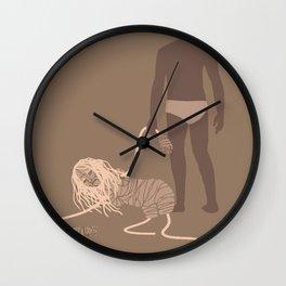 iamamiwhoami; u Wall Clock