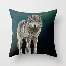 WOLF: THE SILVER HUNTER Throw Pillow