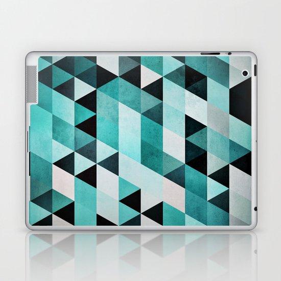 syb zyyro Laptop & iPad Skin