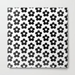 Small Black & White Daisy Metal Print