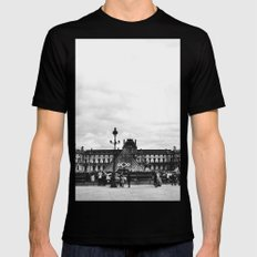The Louvre MEDIUM Mens Fitted Tee Black