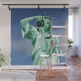 Say cheese for Liberty! Wall Mural