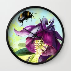 Bee flying 14 Wall Clock
