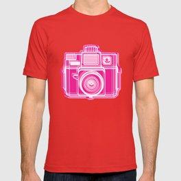 I Still Shoot Film Holga Logo - Pink T-shirt