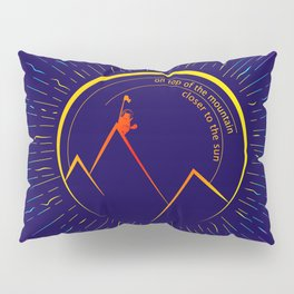Kitty on top on the mountain Pillow Sham