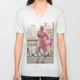 Lait de Fraise - Le Grand Spectacle du Lait // The Grand Spectacle of the Milking Unisex V-Neck