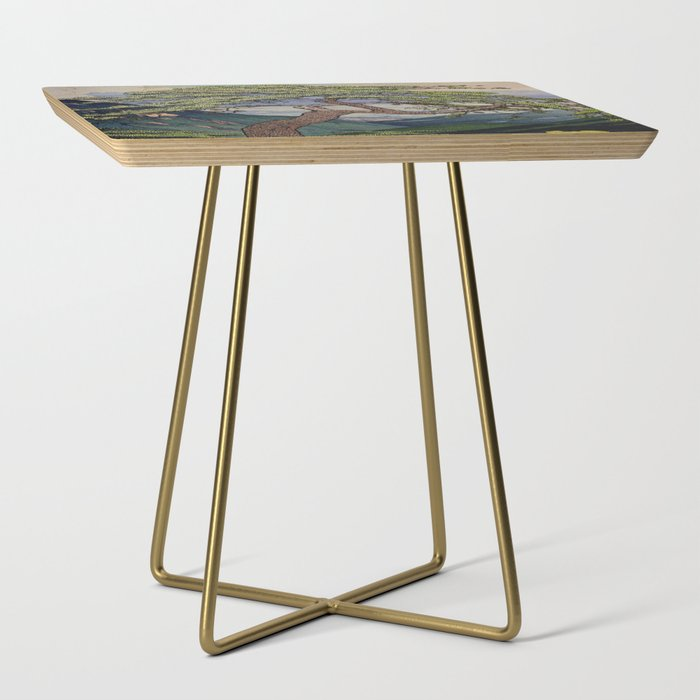 The Downwards Climbing Side Table
