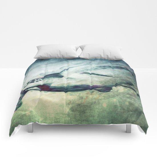 Flying Green Sea Turtle Comforters