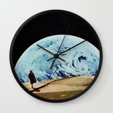 Moon walking Wall Clock