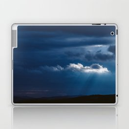 Storm is comming Laptop & iPad Skin