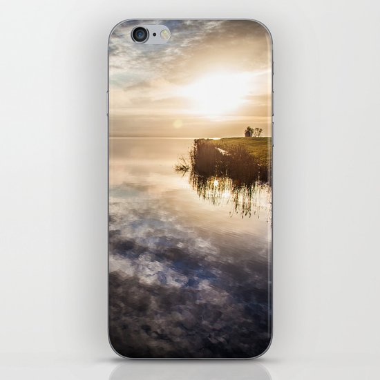 Island I iPhone & iPod Skin