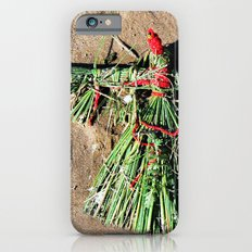Grass doll in red Slim Case iPhone 6s