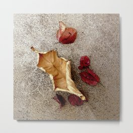 Wine n' Ochre Leaf Metal Print