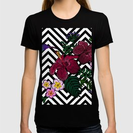 Tropical flowers hummingbird on striped background T-shirt
