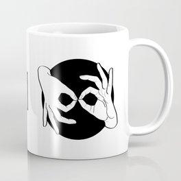Sign Language (ASL) Interpreter – White on Black 00 Coffee Mug