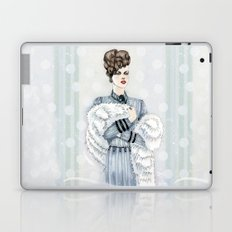 Woman with Fur  Laptop & iPad Skin