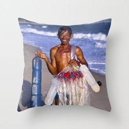 FISHERMAN - BEACH - VIETNAM - ASIA Throw Pillow