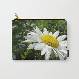 Close Up Common White Daisy With Garden Carry-All Pouch