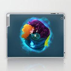 A Mhaighdean Bhan Uasal Laptop & iPad Skin