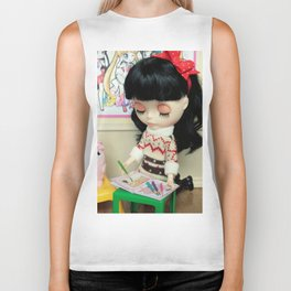 ** Isabelle is at school waiting for her mother to get her back home. ** Biker Tank