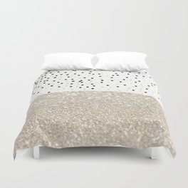 FIRST DATE NUDE  Duvet Cover