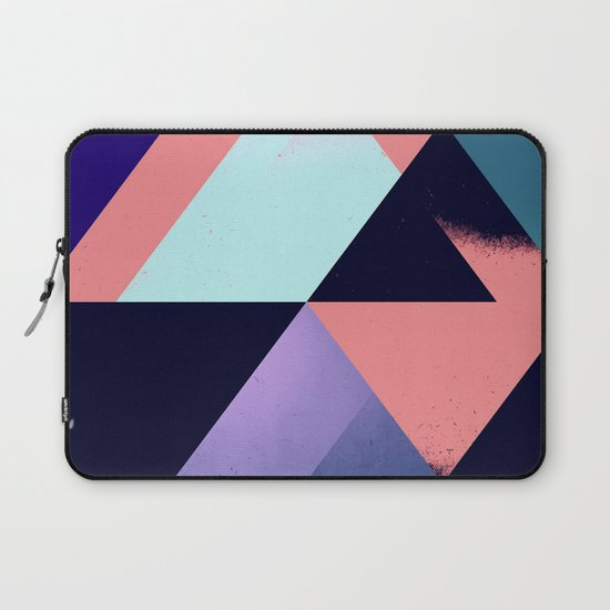fwllww thrww Laptop Sleeve