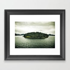 L'île Mysterieuse Framed Art Print