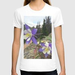 Watercolor Flower, Columbine 06, Fall River Road, RMNP, Colorado T-shirt