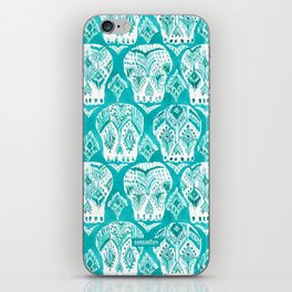 SKULLAGOG Aqua Watercolor Skulls iPhone Skin