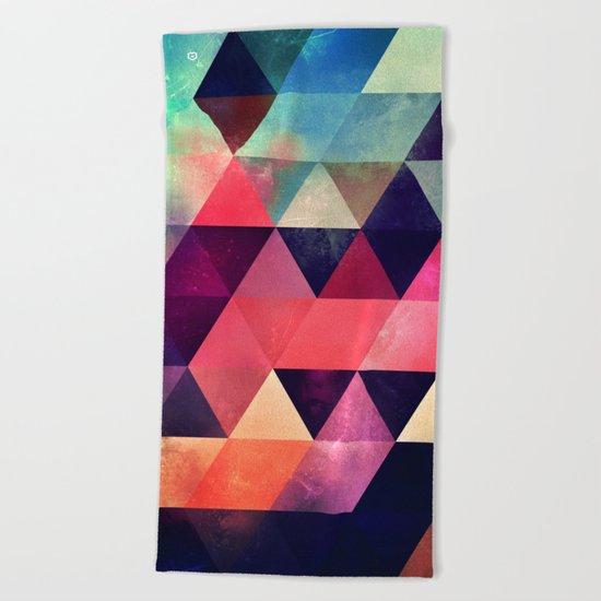 tryypyzoyd symmyr rymyx Beach Towel
