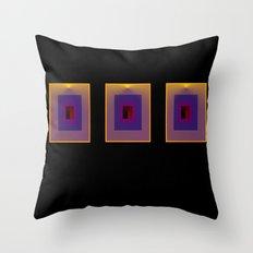 tre quadri Throw Pillow