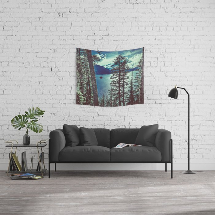 Crater Lake Vintage Summer Wall Tapestry
