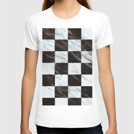 Zig zag checkered pattern with marbling T-shirt
