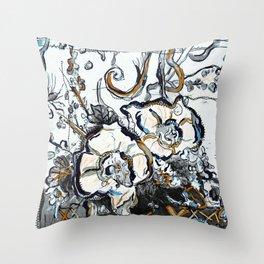 Blumen/Zeichnung/brittmarks Throw Pillow