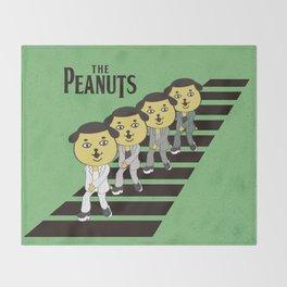 Peanut Dog_THE PEANUTS Throw Blanket