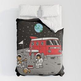 Combistronaut Comforters