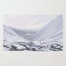 Heavy snow falling over the Kirkstone Pass. Cumbria, UK. Rug